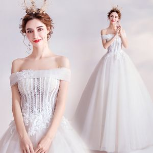 Affordable Ivory Wedding Dresses 2020 Ball Gown Off-The-Shoulder Crystal Lace Flower Appliques Sleeveless Backless Floor-Length / Long