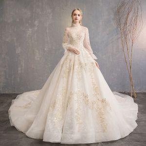 Elegante Champagner Brautkleider / Hochzeitskleider 2019 A Linie Stehkragen Spitze Blumen Pailletten Glockenhülsen Rückenfreies Königliche Schleppe