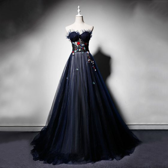 Élégant Bleu Marine Robe De Soirée 2019 Princesse Amoureux Sans Manches Brodé Fleur Perlage Perle Train De Balayage Volants Dos Nu Robe De Ceremonie