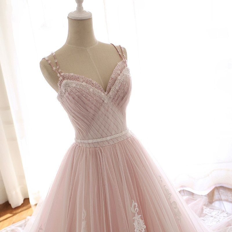 Modern / Fashion Blushing Pink Summer Beach Wedding Dresses 2018 A-Line / Princess Spaghetti Straps Sleeveless Backless Appliques Lace Beading Crystal Sash Ruffle Chapel Train