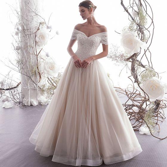 Eleganckie Szampan Suknie Ślubne 2019 Princessa Przy Ramieniu Frezowanie Z Koronki Kwiat Kótkie Rękawy Bez Pleców Długie