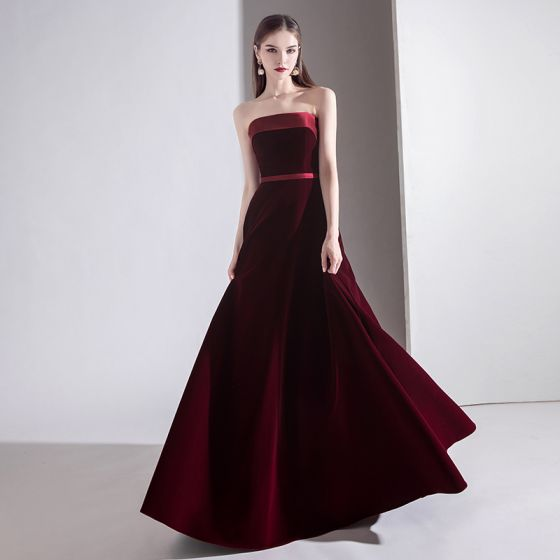 Modest / Simple Solid Color Burgundy Evening Dresses  2020 A-Line / Princess Strapless Suede Sleeveless Backless Floor-Length / Long Formal Dresses
