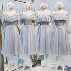Mooie / Prachtige Grijs Bruidsmeisjes Jurken 2020 A lijn Pailletten Kralen Korte Ruche Ruglooze Jurken Voor Bruiloft
