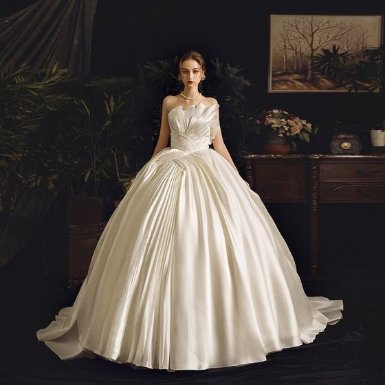 Stunning Ivory Satin Wedding Dresses 2019 Ball Gown