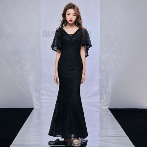Modern / Fashion Black Evening Dresses  With Shawl 2019 Trumpet / Mermaid V-Neck Sleeveless Beading Polyester Floor-Length / Long Ruffle Backless Formal Dresses