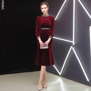 Elegant Bourgogne Selskabskjoler 2019 Scoop Neck Suede 3/4 De Las Mangas Te-længde Kjoler