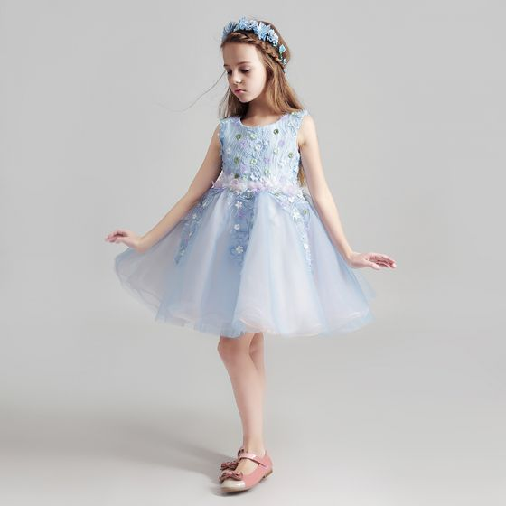 Chic / Beautiful Sky Blue Flower Girl Dresses 2017 Ball Gown Scoop Neck Sleeveless Appliques Lace Flower Short Ruffle Wedding Party Dresses