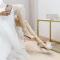 Fine Hvit Ball Sløyfe Sandaler Dame 2020 Ankelstropp 10 cm Stiletthæler Peep Toe Sandaler