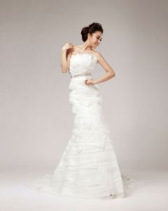 Elegant Beading Ruffles Strapless Organza Sheath Wedding Dress