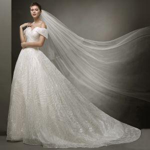 Luxus / Herrlich Ivory / Creme Bling Bling Brautkleider / Hochzeitskleider 2019 A Linie Off Shoulder Kurze Ärmel Rückenfreies Glanz Tülle Hof-Schleppe