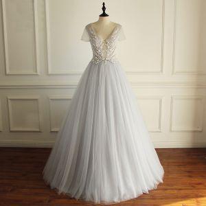 Chic / Beautiful Grey Prom Dresses 2018 A-Line / Princess Beading Lace Flower Sequins V-Neck Backless Short Sleeve Floor-Length / Long Formal Dresses
