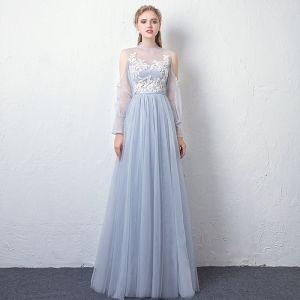 Stylowe / Modne Błękitne Przezroczyste Sukienki Wieczorowe 2019 Princessa Wysokiej Szyi Bufiasta Długie Rękawy Aplikacje Z Koronki Szarfa Długie Wzburzyć Bez Pleców Sukienki Wizytowe