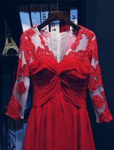 Atemberaubenden Abendkleider 2016 V-ausschnitt-spitze Kräuseln Roten Chiffon Langen Kleid Mit Ärmeln