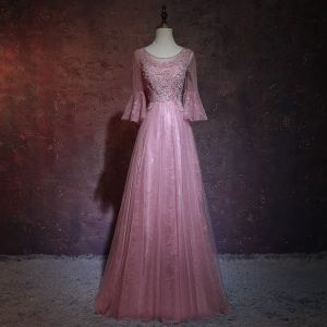 Elegant Candy Pink Pierced Evening Dresses  2018 A-Line / Princess Scoop Neck Long Sleeve Appliques Lace Beading Rhinestone Floor-Length / Long Ruffle Backless Formal Dresses