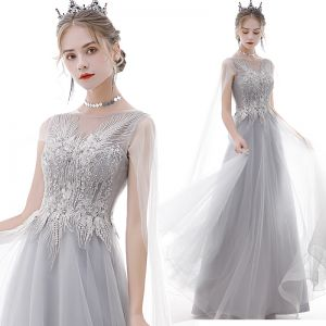 Classy Grey Prom Dresses 2020 A-Line / Princess Scoop Neck Pearl Rhinestone Sequins Lace Flower Short Sleeve Backless Floor-Length / Long Formal Dresses