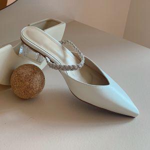 Simple Blanche Désinvolte Cuir Sandales Femme 2020 Faux Diamant 4 cm Talon Bas À Bout Pointu Sandales