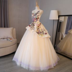 Chic / Belle Style Chinois Robe De Bal 2017 En Dentelle Appliques Encolure Dégagée Sans Manches Dos Nu Longue Champagne Robe Boule