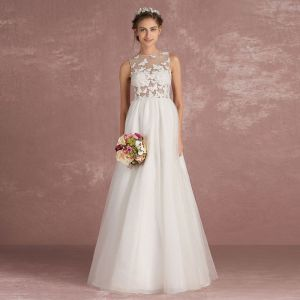 Sexy Ivory Pierced Wedding Dresses 2018 Empire Scoop Neck Sleeveless Appliques Butterfly Floor-Length / Long