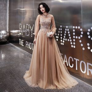 Eleganckie Szampan Sukienki Wieczorowe 2020 Princessa Wysokiej Szyi Rhinestone Cekiny Z Koronki Kwiat Długie Rękawy Bez Pleców Trenem Sweep Sukienki Wizytowe