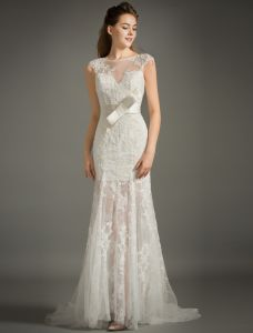 Beautiful Empire Square Neckline Applique Lace Bridal Dress With Sash