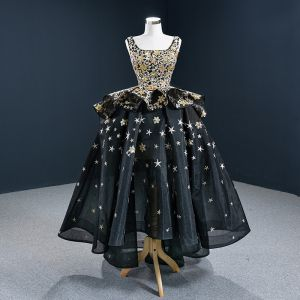 Vintage / Retro Quinceañera Black Prom Dresses 2020 Ball Gown Square Neckline Sleeveless Star Embroidered Sequins Asymmetrical Backless Ruffle Formal Dresses