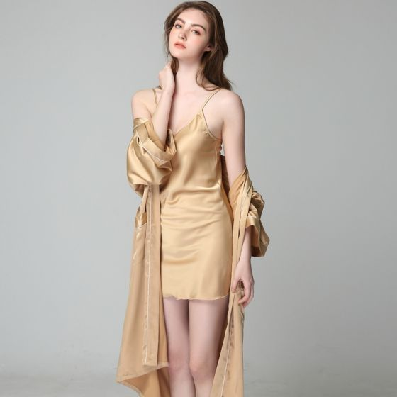 Modest / Simple Gold Wedding Bridal Bridesmaid V-Neck 3/4 Sleeve Silk Robes 2020 Sash