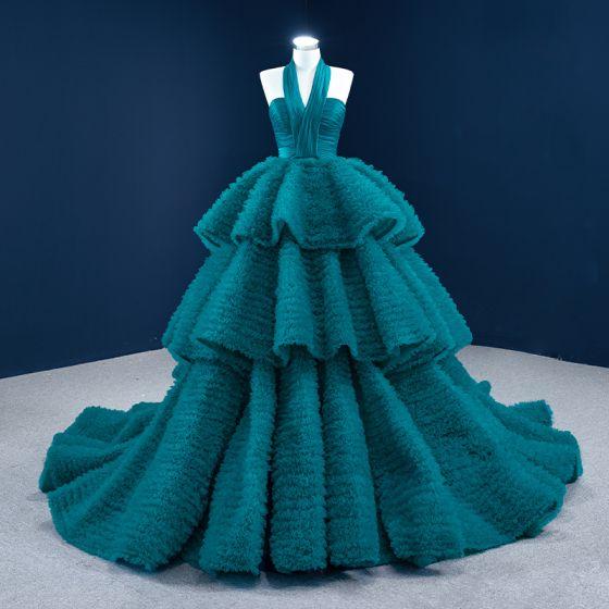 Luksusowe Tusz Niebieski Sukienki Na Bal 2021 Suknia Balowa Posiadacz Bez Rękawów Kaskadowe Falbany Trenem Sąd Bez Pleców Sukienki Wizytowe