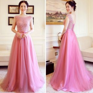 Chic / Beautiful Prom Dresses 2018 A-Line / Princess Scoop Neck Beading Pearl Bow Sash Floor-Length / Long Ruffle Backless Formal Dresses