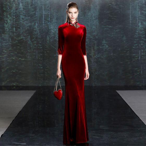 Chiński Styl Burgund Welur Zima Cheongsam Sukienki Wieczorowe 2020 Syrena / Rozkloszowane Wysokiej Szyi 3/4 Rękawy Aplikacje Z Koronki Długie Sukienki Wizytowe