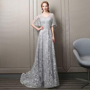 Elegant Silver Star Evening Dresses  2018 A-Line / Princess Lace Crystal Beading V-Neck Backless 1/2 Sleeves Sweep Train Formal Dresses
