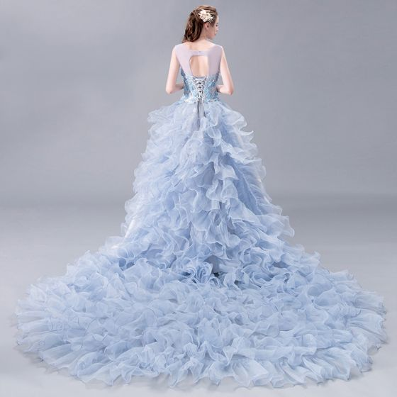 Stunning Prom Dresses 2018 A-Line / Princess Lace Appliques Pearl Scoop Neck Backless Sleeveless Royal Train Formal Dresses