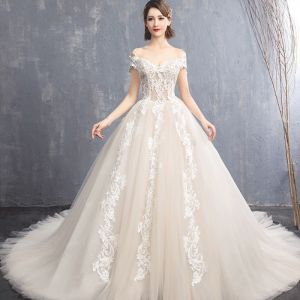 Elegant Champagne Wedding Dresses 2018 Ball Gown Appliques Lace Off-The-Shoulder Backless Sleeveless Chapel Train Wedding