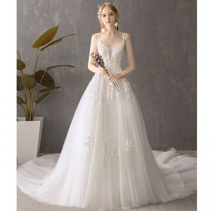 Discount Ivory Wedding Dresses 2019 A-Line / Princess Spaghetti Straps Sleeveless Backless Appliques Lace Chapel Train Ruffle