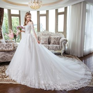 Modern / Fashion White Corset Wedding Dresses 2018 A-Line / Princess Appliques Lace Scoop Neck Backless 1/2 Sleeves Cathedral Train