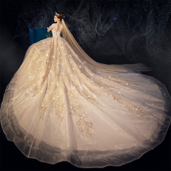 Haut de Gamme Champagne Robe De Mariée 2019 Princesse Encolure Dégagée Perlage Appliques En Dentelle Fleur Faux Diamant 3/4 Manches Dos Nu Glitter Royal Train