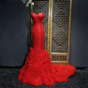 Único Rojo Vestidos Formales Vestidos de gala 2017 Lentejuelas Sweetheart Sin Mangas Colas De La Corte Trumpet / Mermaid
