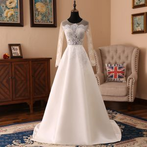 Elegant Ivory Wedding Dresses 2018 A-Line / Princess Organza Lace Scoop Neck Long Sleeve Sweep Train Wedding