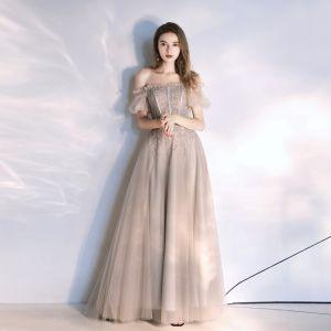 Classique Beige Robe De Soirée 2020 Princesse De l'épaule Perlage En Dentelle Paillettes Manches Courtes Dos Nu Train De Balayage Robe De Ceremonie