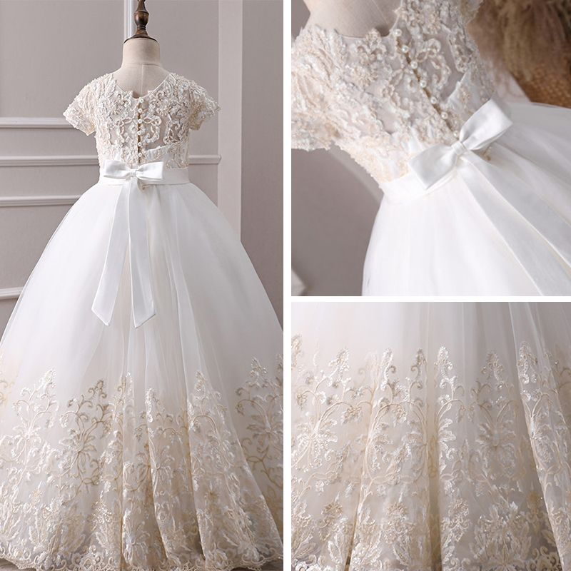 Classy Ivory Flower Girl Dresses 2019 A-Line / Princess Scoop Neck Short Sleeve Pearl Covered Button Appliques Lace Beading Rhinestone Sash Floor-Length / Long Ruffle Wedding Party Dresses
