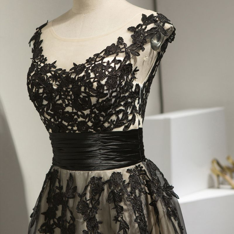 Chic / Beautiful Hall Formal Dresses 2017 Party Dresses Black Knee-Length A-Line / Princess Scoop Neck Backless Sleeveless Sash Lace Appliques