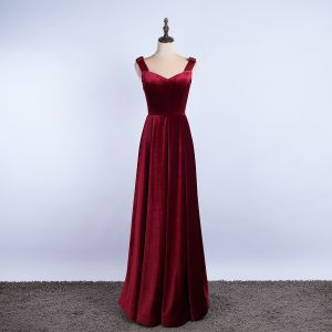 Eleganta Burgundy Aftonklänningar 2020 Prinsessa Fyrkantig Ringning Mocka Ärmlös Halterneck Långa Formella Klänningar