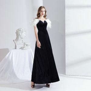 Moda Czarne Zamszowe Sukienki Wieczorowe 2020 Princessa Przy Ramieniu Kutas Kótkie Rękawy Bez Pleców Długie Sukienki Wizytowe