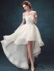 Robe De Mariée De Plage 2017 Sur L'épaule Perles Strass Applique Dentelle Robes De Mariée Asymétriques