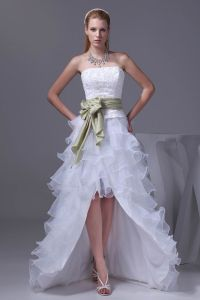 Fashion Lace Satin Organza Silk Bowknot Strapless Asymmetrical Short Mini Wedding Dresses