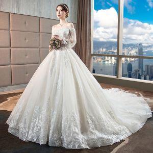 Lyx Champagne Bröllopsklänningar 2018 Balklänning Spets Appliqués Beading Tassel Paljetter Av Axeln Halterneck 3/4 ärm Royal Train Bröllop