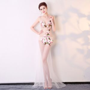 Sexy Ivory See-through Evening Dresses  2018 Trumpet / Mermaid V-Neck Sleeveless Appliques Lace Sweep Train Backless Formal Dresses
