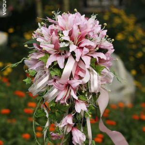 Simulation Fleurs En Soie Bouquet De Mariée Cascade Lys Bouquet De Fleurs De Mariage De Plomb De La Route