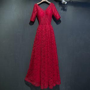 Hermoso Rojo Vestidos Formales 2017 Con Encaje Flor Sin Espalda 1/2 Ærmer V-Cuello La altura del tobillo Empire Vestidos de noche