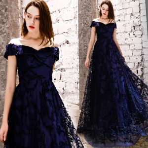 Affordable Navy Blue Evening Dresses  2019 A-Line / Princess Off-The-Shoulder Short Sleeve Appliques Lace Floor-Length / Long Ruffle Backless Formal Dresses