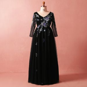 Chic / Beautiful Black 2018 Plus Size Evening Dresses  A-Line / Princess V-Neck Tulle Lace Long Sleeve Crossed Straps Appliques Backless Beading Summer Evening Party Formal Dresses